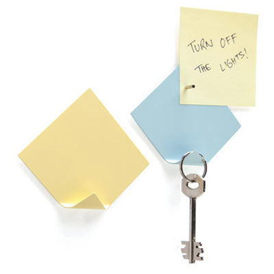 Magnetic-Sticky-Notes-With-Key-Hanger