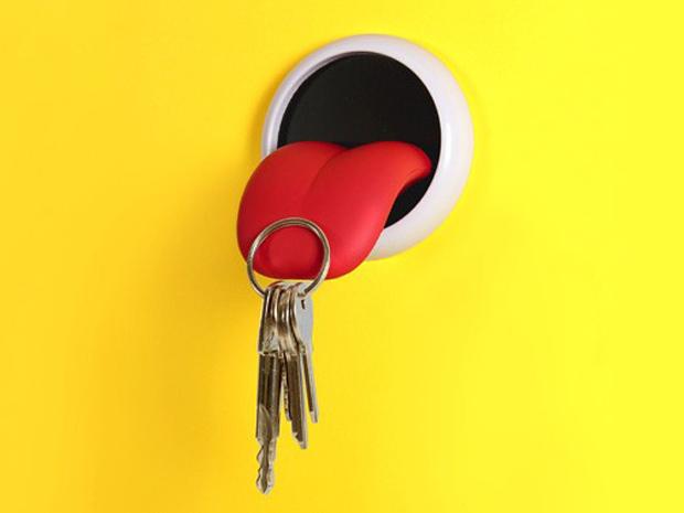 tongue-key-holder-4