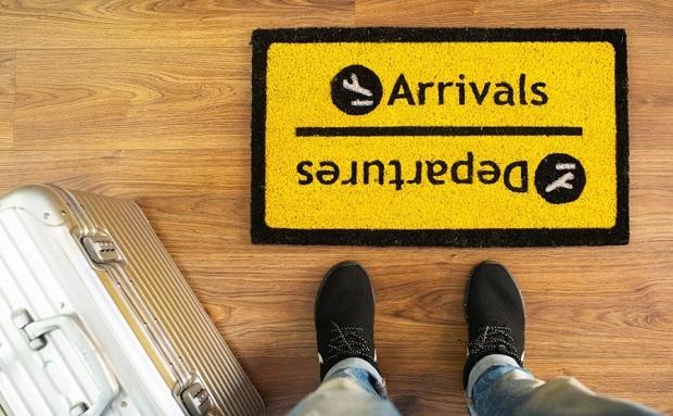 felpudo-casa-arrivals-departures-logo
