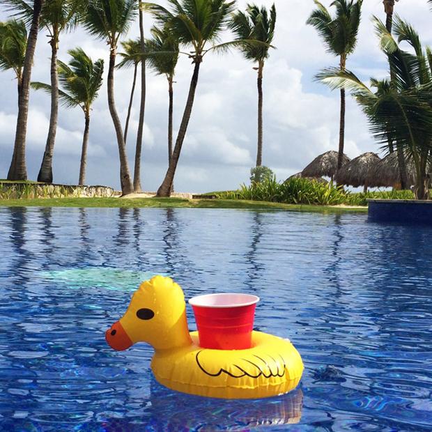 flotador_piscina_original6_bebidas